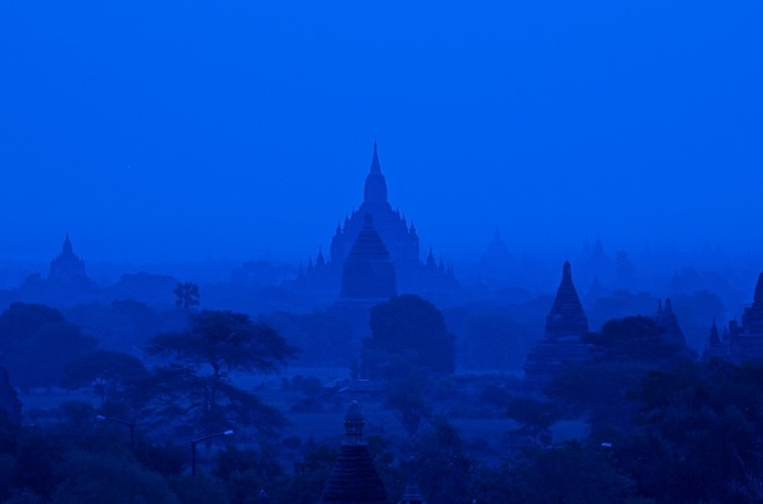 Travel and Editorial Photography - Burma (Myanmar) Photo Gallery and Archive
